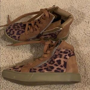 Leopard print high tops